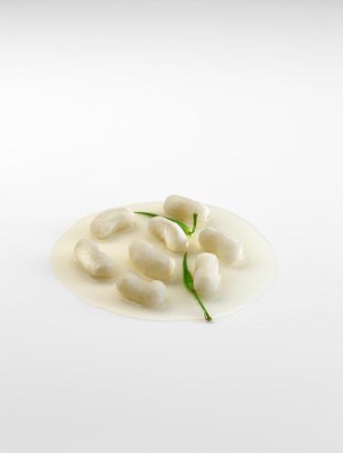 Taro, caldo de alubia blanca y rábano - viajes